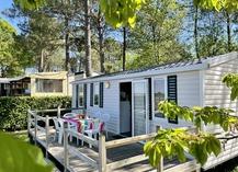 Camping le Pressoir - Petit-Palais-et-Cornemps