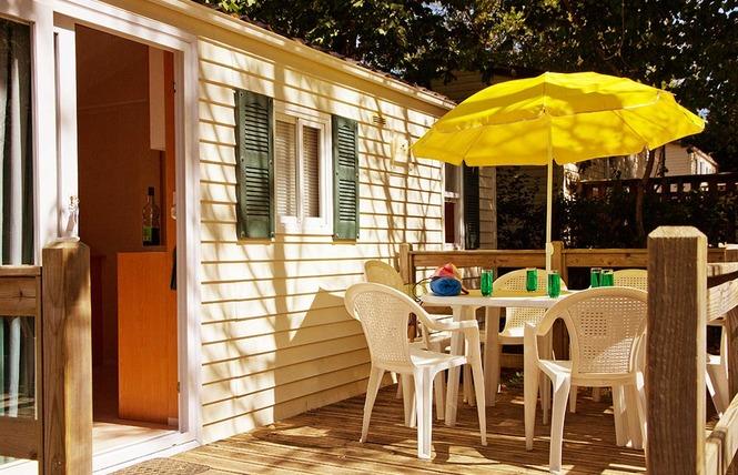 Camping le Pressoir 27 - Petit-Palais-et-Cornemps