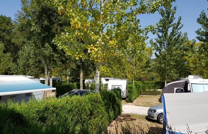 Camping Bel-air 12 - Sadirac