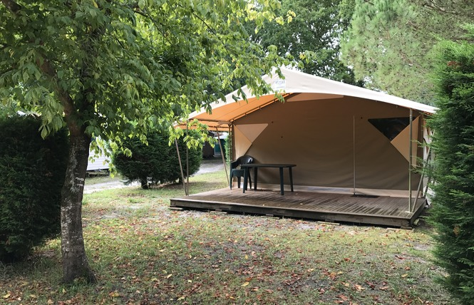 Camping La Chesnays 37 - Vendays-Montalivet