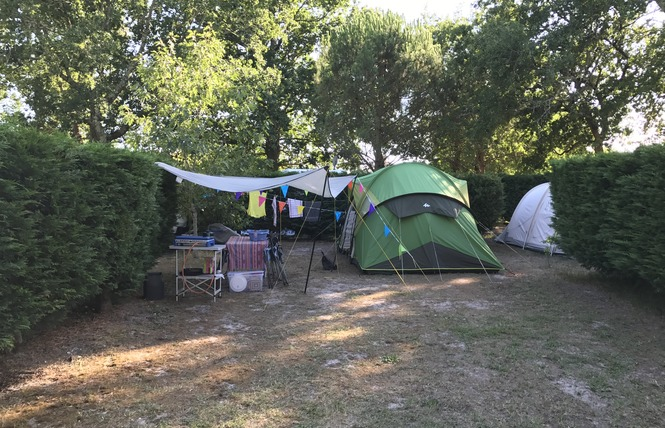 Camping La Chesnays 42 - Vendays-Montalivet