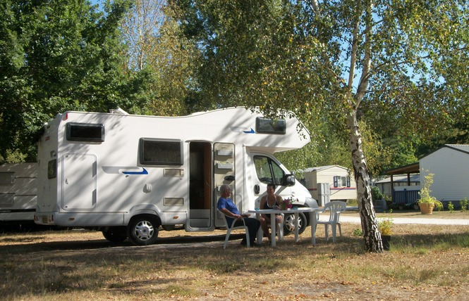 Camping le Ranch 7 - Naujac-sur-Mer