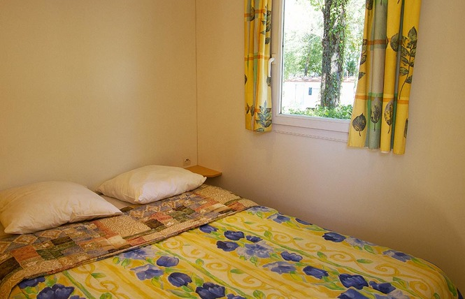 Camping le Pressoir 22 - Petit-Palais-et-Cornemps