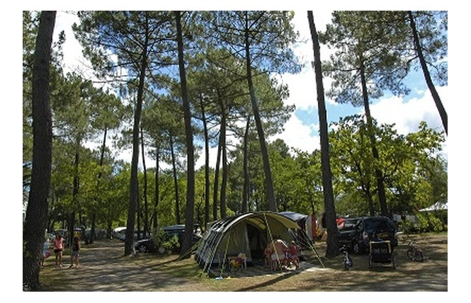 Camping Les Ourmes 15 - Hourtin