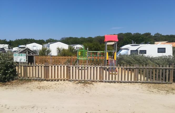Camping Le Soleil D'or 18 - Vendays-Montalivet