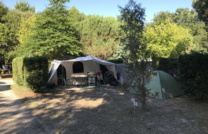 Camping La Chesnays 43 - Vendays-Montalivet