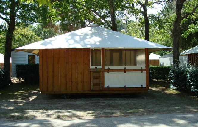 Camping Les Genets 3 - Soulac-sur-Mer