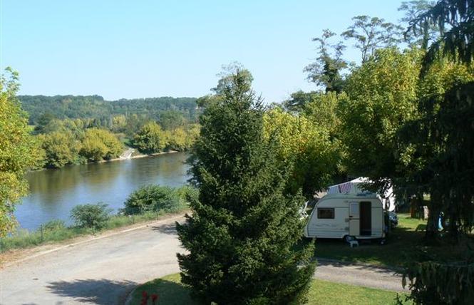Camping De La Bastide 1 - Pineuilh