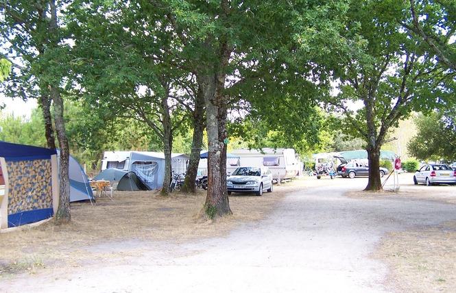 Camping Les Franquettes 10 - Grayan-et-l'Hôpital