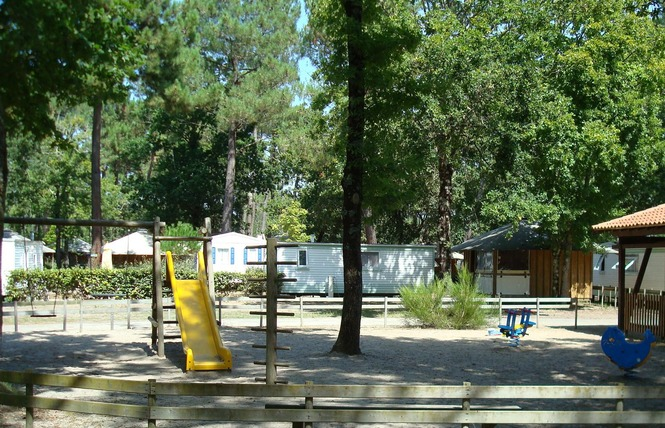 Camping Les Genets 2 - Soulac-sur-Mer