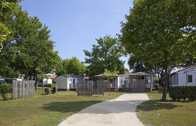 Camping Pasteur Vacances 4 - Arès