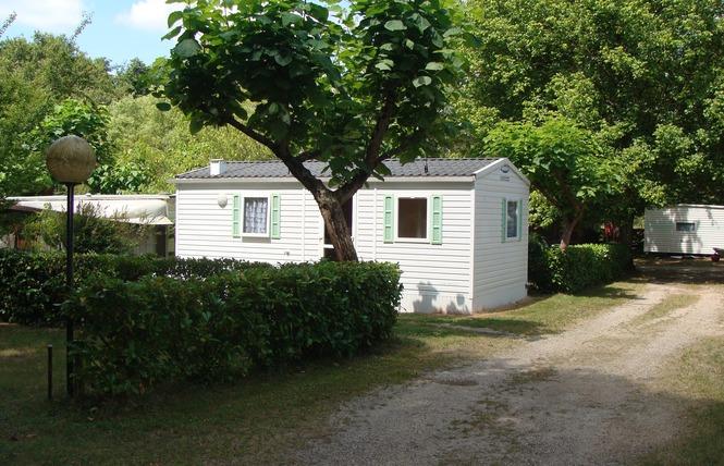 Camping Le Maine Blanc 1 - Saint-Christoly-de-Blaye