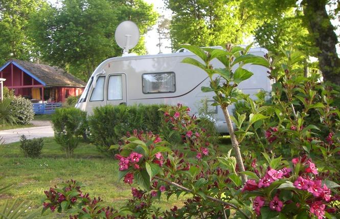 Camping Le Marache 4 - Biganos